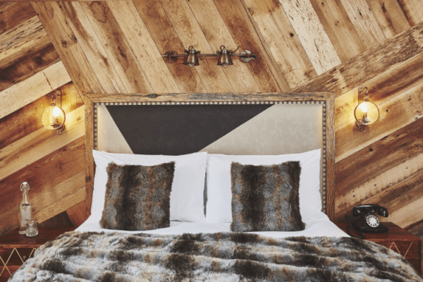 Intimate Room With King Size Bed & Fur Throw