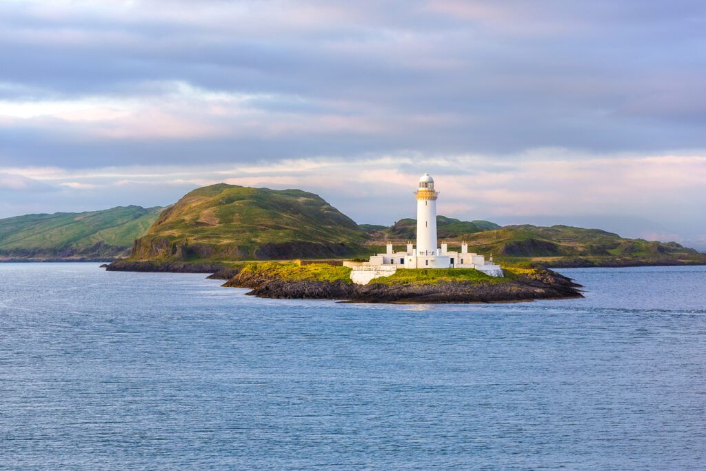 View of Eilean Musdile Lighthouse on Lismore - walks in Oban