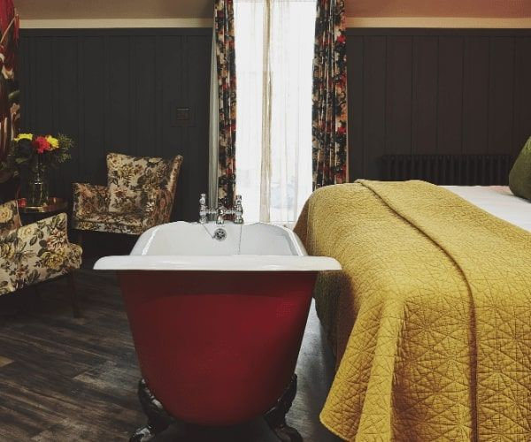 Luxury Oban Hotel Room With Terrace and Bath